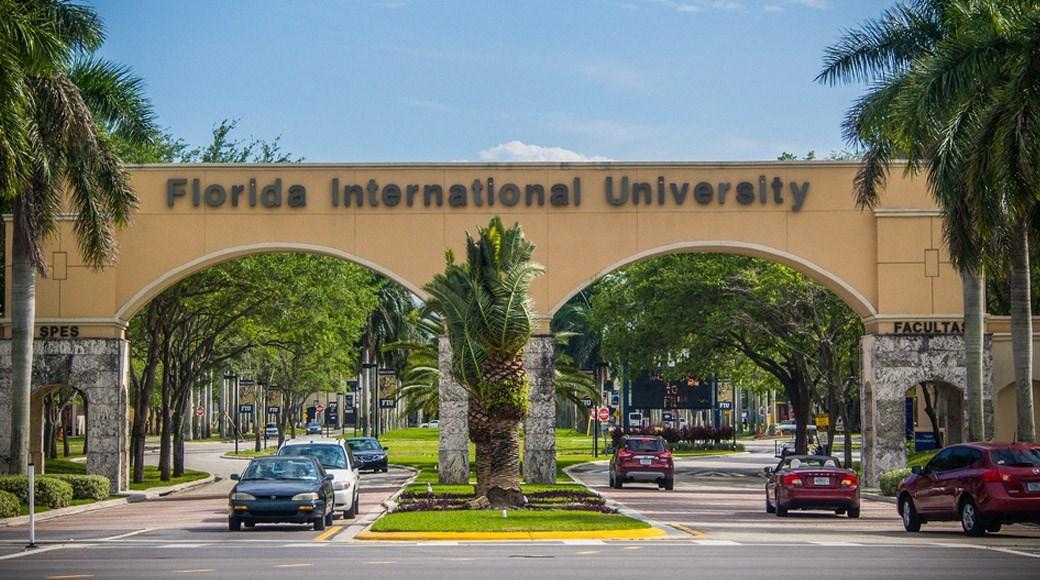ĐẠI HỌC FLORIDA INTERNATIONAL UNIVERSITY